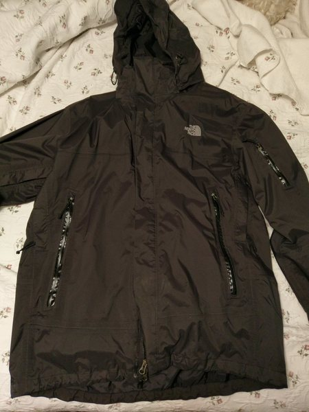 Rock Climbing Photo: North Face 3in1 Waterproof shell jacket with down ...