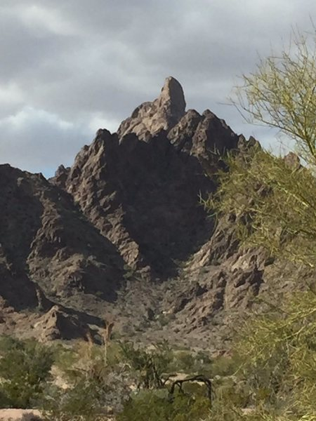 Rock Climbing Photo: East of Yuma....   anybody know anything?