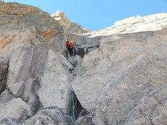Rock Climbing Photo: Alexander's Chimney P2 on Long's. Conditio...