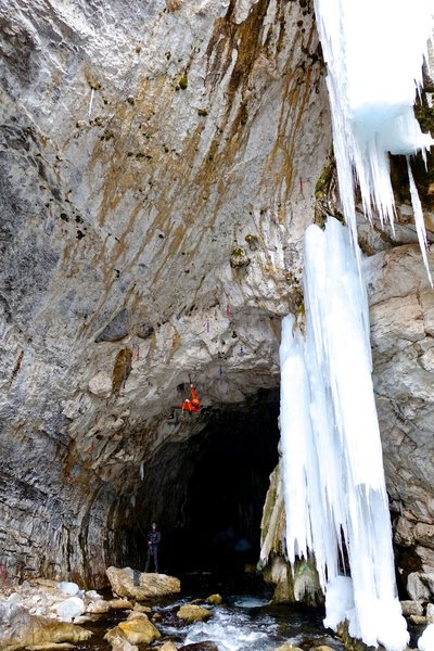 Good Old Neon, unconfirmed, unrepeated. <br> <br> PM me if you want to go here. A secret cave with the hardest mixed routes in WY. The river flows through an 80m tunnel with natural holds, natural ice, and featured flowstone.<br> <br> Photo Sam Macke