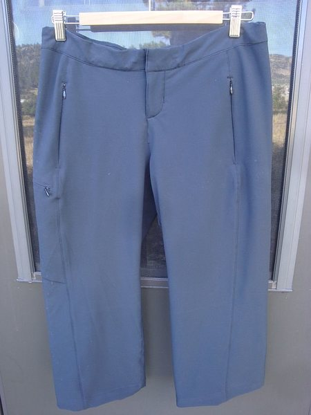 """32"""" waist with draw cord released.  Zippered hand pockets, 1 thigh, none on the seat. 95% polyester, 5% spandex stretch fabric. Deep charcoal gray. Very nice condition, hardly used."""