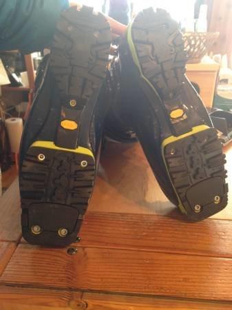 Tech soles - lugs in great shape still.