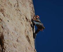 Rock Climbing Photo: Shelf Road - Hurricane Henzi 5.11d