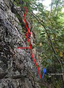 Joey rapping after the probable first ascent of Green House 5.6 at Choss Pile Buttress in the Cascades, Virginia