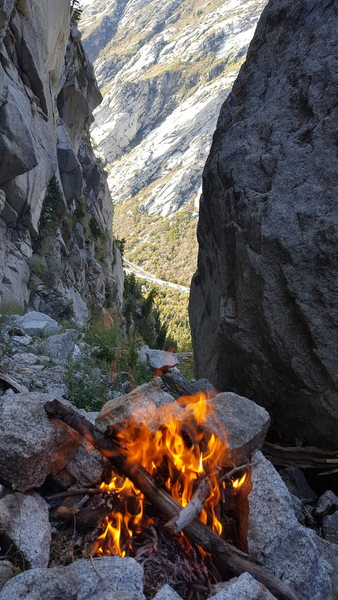 Rock Climbing Photo: Alpine campfire black Pearl Gulley, Seth Shaw Memo...