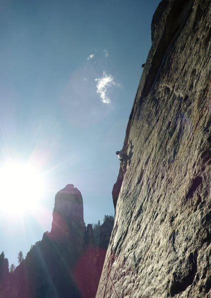 Rock Climbing Photo: Lead climber from a party ahead of us free climbin...