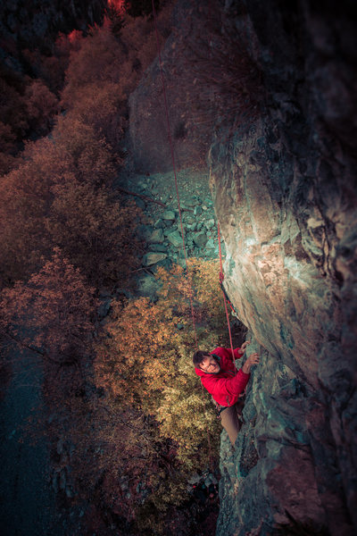 Rock Climbing Photo: Darell just after the crux on a crisp fall evening...