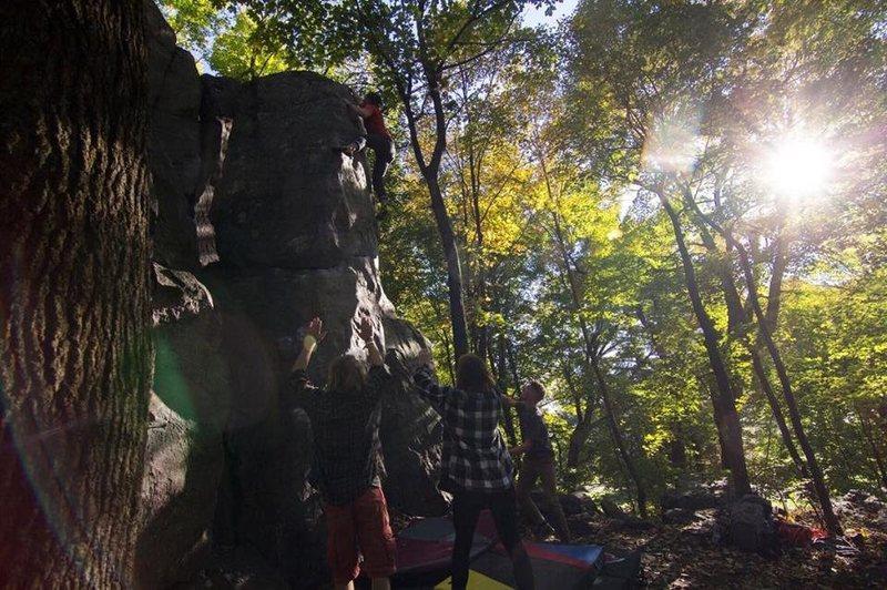 Rock Climbing Photo: Big Bud Arete (V2) Photo: Ryan Ruffing