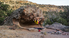 Rock Climbing Photo: Work the feet up to the heel hook on Snafu.