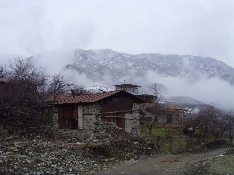 Another view of the caucasus mountains from Lahic