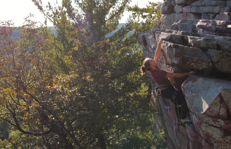 Rock Climbing Photo: Jenna Korte topping out
