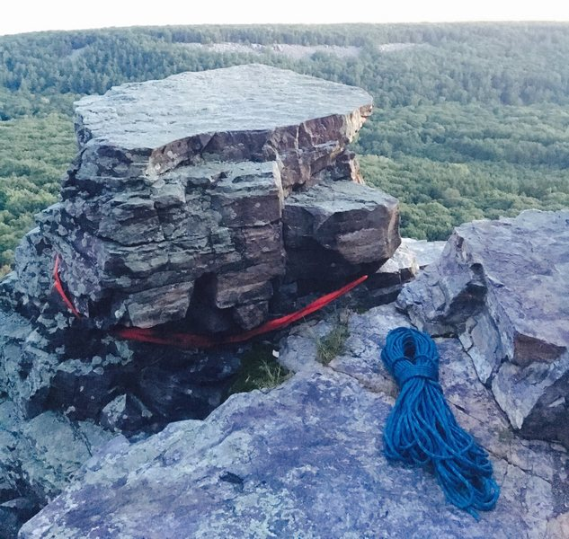 Climber remarkably survives after trusting life to single point anchor