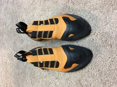 Rock Climbing Photo: Scarpa Instinct S, size 42- $80