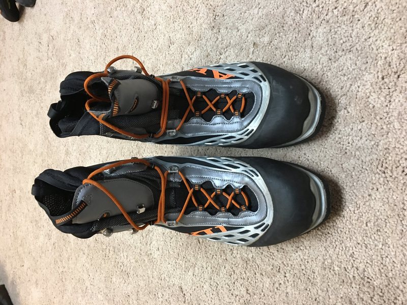 AKU Gortex Ice Climbing Boot, size 13 US (excellent condition)-$100