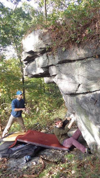 Rock Climbing Photo: Jeff B starting Dirty Hooker
