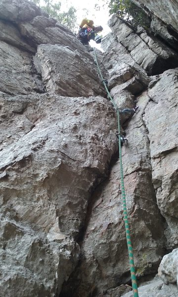 The first half of pitch 3, Skyline Traverse, John Wanner leading
