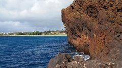 Rock Climbing Photo: Nesting In the Gallows 9+ (DWS), The Backside, Mau...