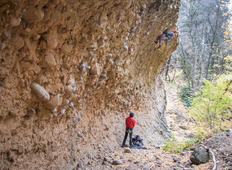 Rock Climbing Photo: James Ellis tries to ride the wave on Lip Venom