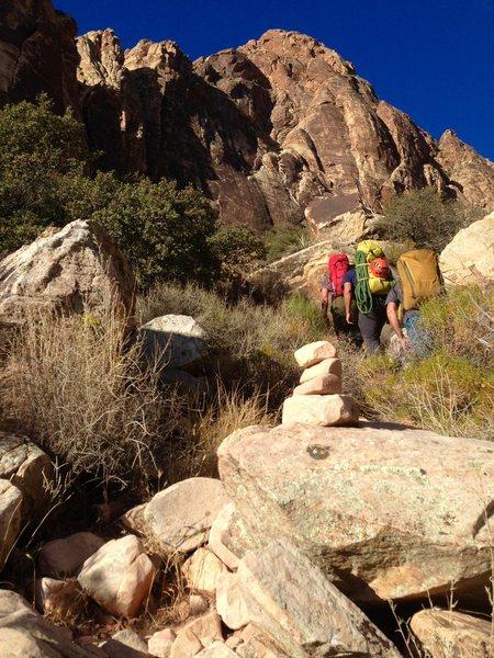 Rock Climbing Photo: Das death march to BV!!!