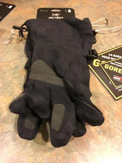 Rock Climbing Photo: Beta AR shell glove