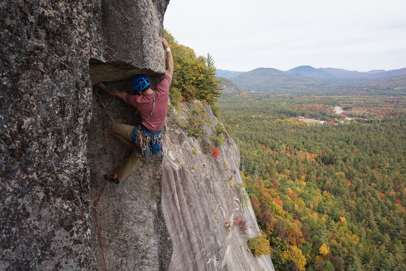 Rock Climbing Photo: Pulling the iconic roof after the stemming corner ...