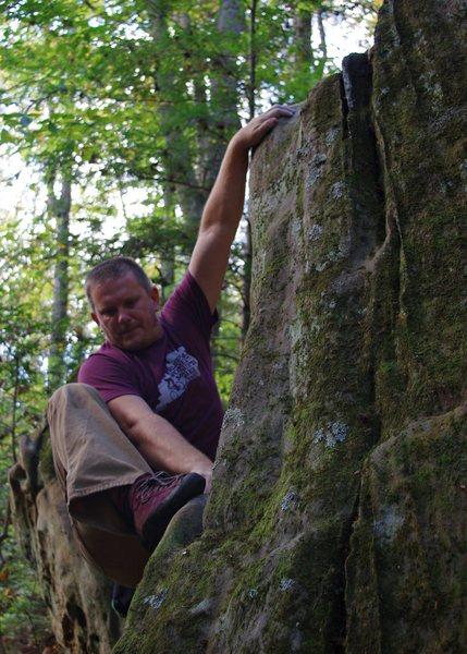 Rock Climbing Photo: Seven-Ten Split V0
