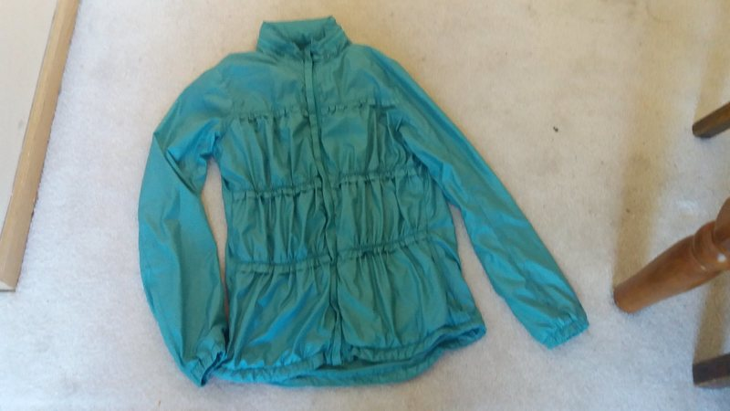 Prana Tegan water resistant wind shell small $40, Really cute I just don&#39;t like the way it looks on me. Super soft and comfortable, great for windy days when you want something light. <br>