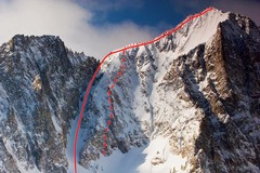 Rock Climbing Photo: Long-dashed line represents route, small dotted li...