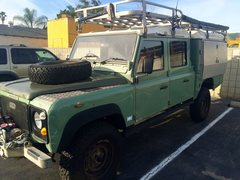 Rock Climbing Photo: Land Rover 130
