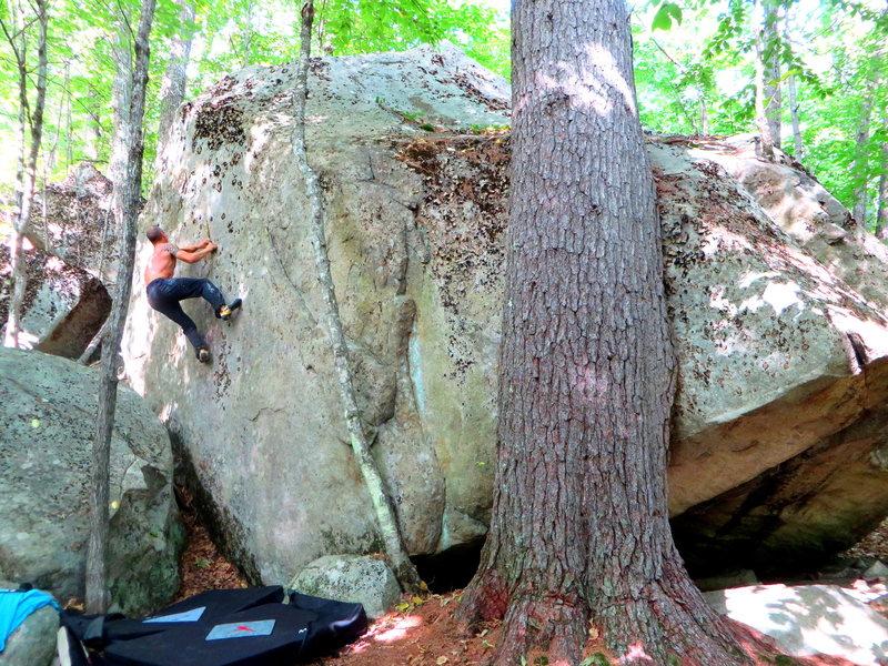 Rock Climbing Photo: Sundown Ledge Boulders