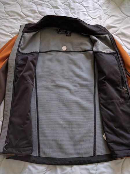 Marmot softshell inside
