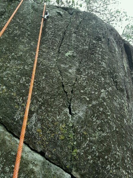 Rock Climbing Photo: cool vertical pocket between 4th and 5th bolts!