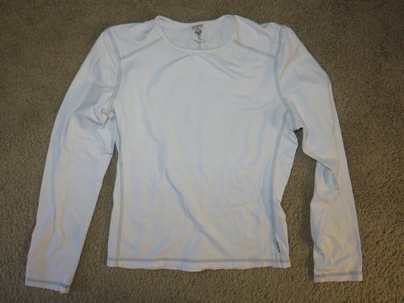 Women&@POUND@39@SEMICOLON@s Prana long sleve top (stretch material)<br> Size Medium $18.00