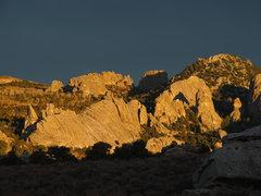 Rock Climbing Photo: Morning alpine-glow in the City.