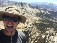 Echo peaks summit selfie with the beautiful Matthes crest in the background
