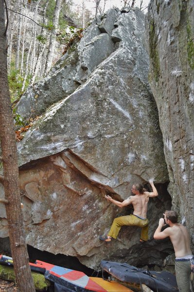 Rock Climbing Photo: Marshall Gilbert above the start (first pinch and ...