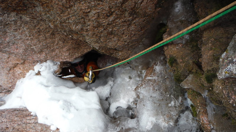 Rock Climbing Photo: P3 Blind Asumption 10/30/2016, threading the Needl...