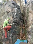 Rock Climbing Photo: Pot Mouth climbs the face around the arete to the ...