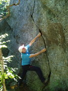 Rock Climbing Photo: RW fools around on one of the cracks of Little Cra...