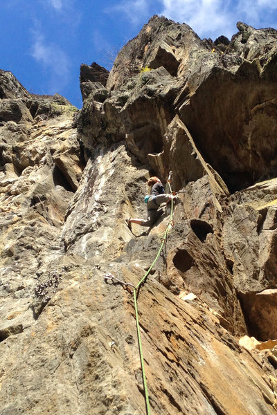 Torie gets in to the upper crux of Visions on a very comfortable 45 degree day.
