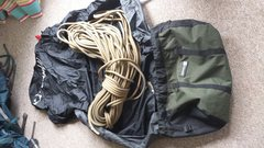 Rock Climbing Photo: Mammut 70m 10.2 dry with ropemaster bag. Forgot th...