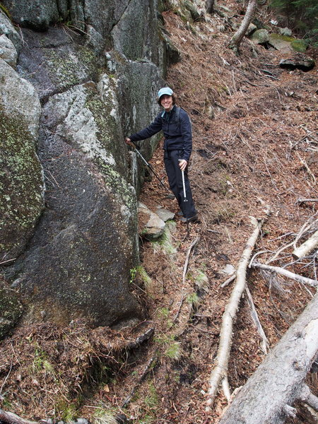 Rock Climbing Photo: Sheila at the start of the path from Lower to Uppe...