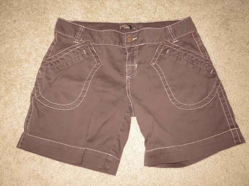 Woman&#39;s Pranna shorts                   Size 10<br> $25 shipped