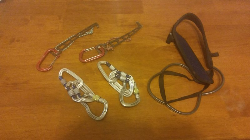 Anchor packs and nut tools