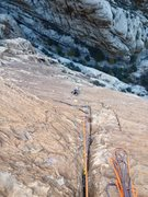 Rock Climbing Photo: beautifal p6 finger crack on Sour Mash, Red Rocks