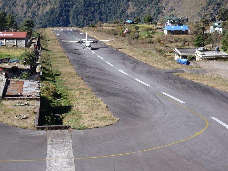 Tenzing-Hillary Airport, Lukla