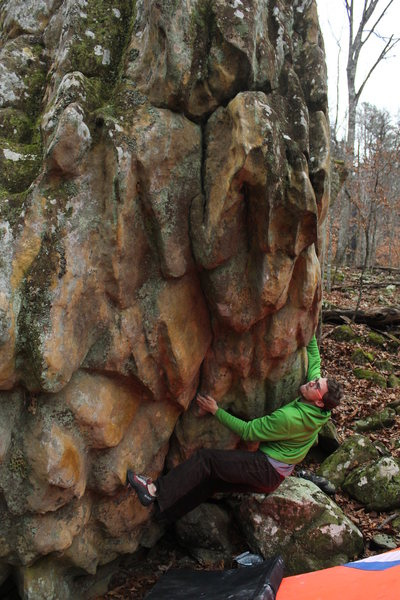 Rock Climbing Photo: Aaron just past the start on Super Charismatic Meg...