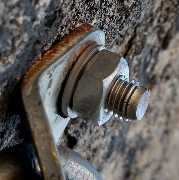 Rock Climbing Photo: cracked bolt