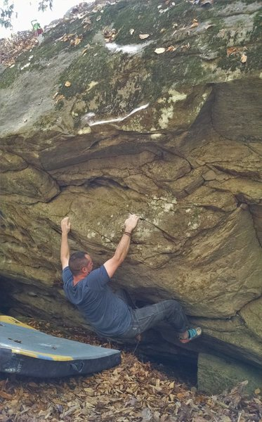 Cogi two moves in past the giant hueco starting hold