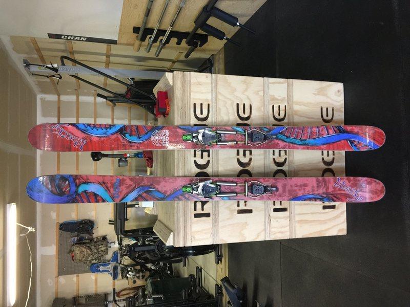Skis binders